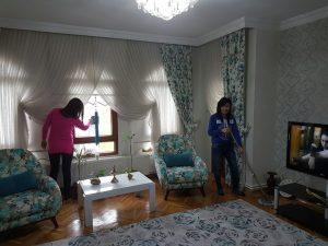 Eve Yardımcı Bayan eve yardımcı bayan Eve Yardımcı Bayan Temizlik Personeli 300x225